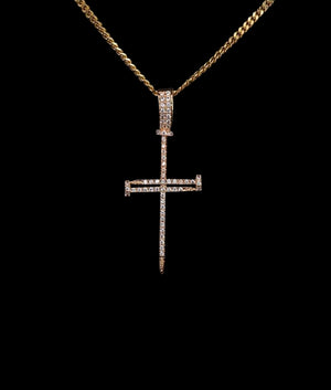14K GOLD NAILED CROSS PENDANT