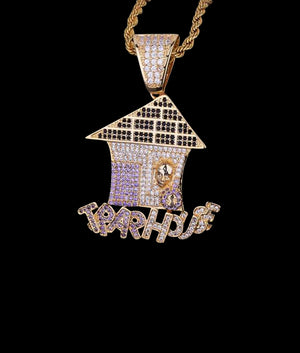 14K GOLD TRAP HOUSE PENDANT