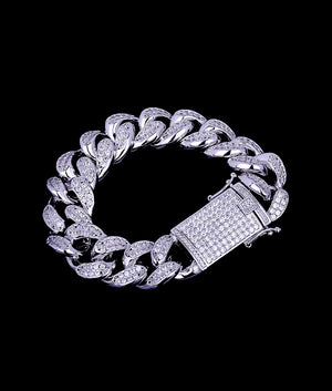 (18MM) WHITE GOLD ICED CUBAN BRACELET