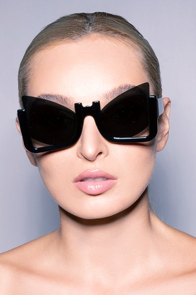 TIGER EYES | Futuristic Cateye Sunglasses