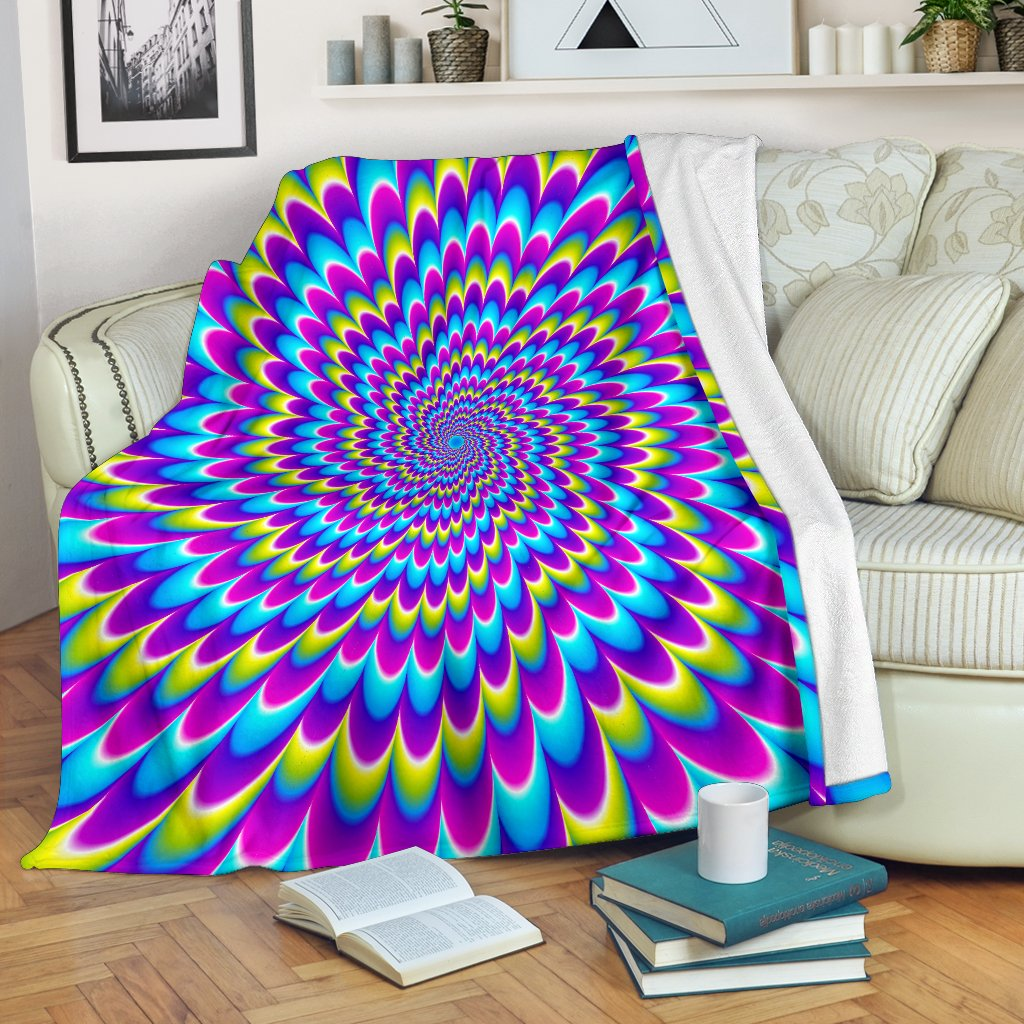 Abstract Dizzy Moving Optical Illusion Blanket GearFrost