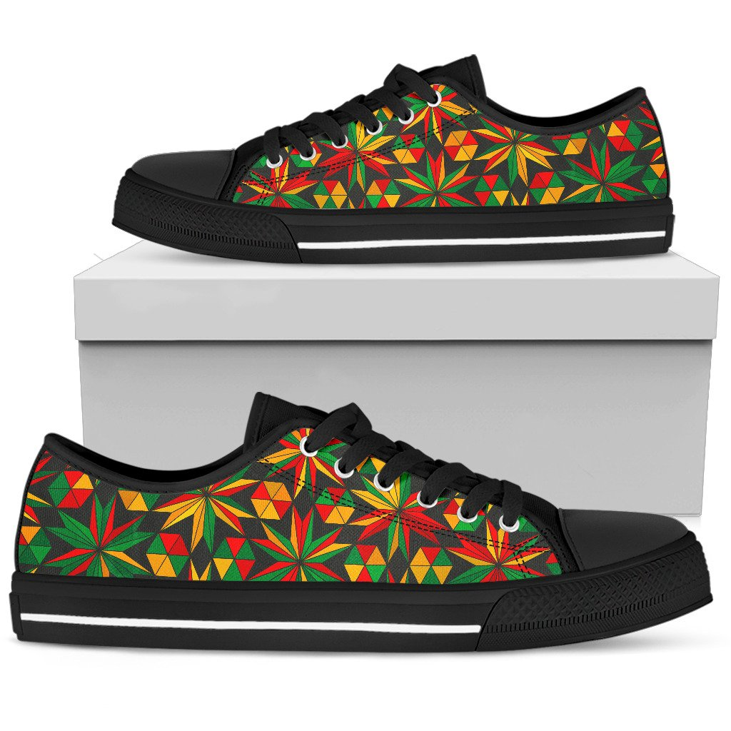 Abstract Geometric Reggae Pattern Print Women's Low Top Shoes GearFrost
