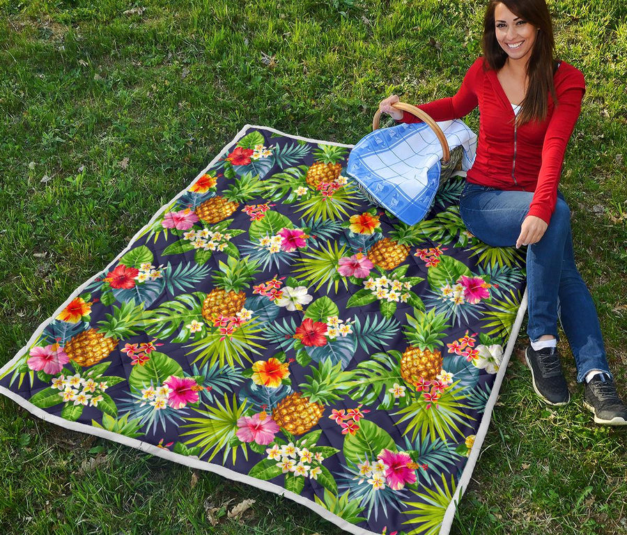 Aloha Hawaii Tropical Pattern Print Quilt GearFrost