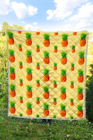 Beige Watercolor Pineapple Pattern Print Quilt GearFrost