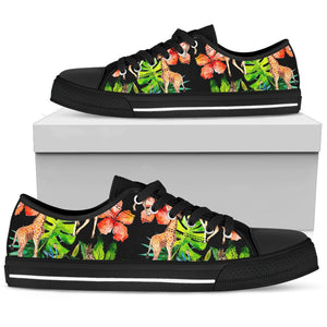 Black Tropical Giraffe Pattern Print Women's Low Top Shoes GearFrost