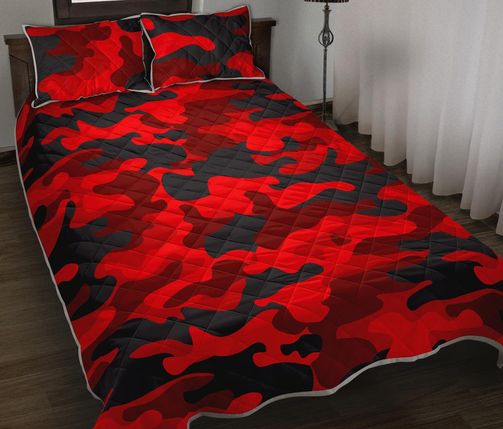 Red And Black Camouflage Print Quilt Bed Set GearFrost