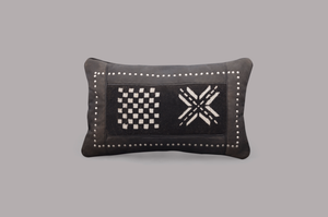 LEATHER RECTANGULAR CUSHION (DOMINO)