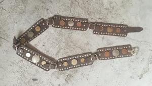 LEATHER & COINS BELT (BROWN)