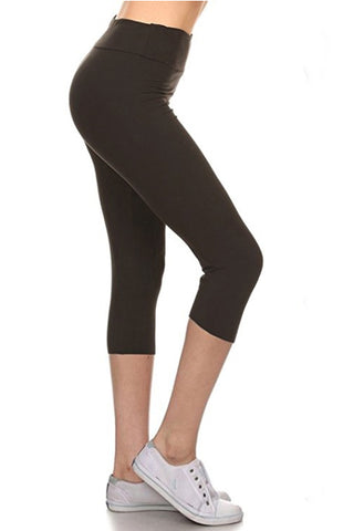 One Size Solid Capri Leggings