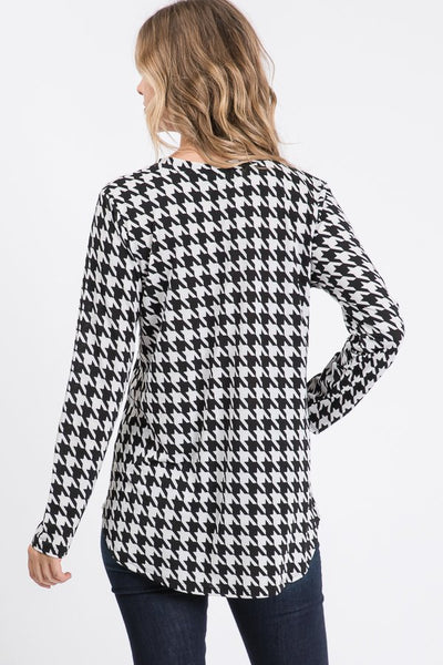 Houndstooth Print Top with Sequin Pocket