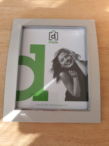 Curved Silver Frame 8 x 10