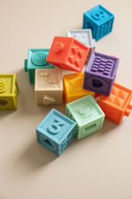 Load image into Gallery viewer, Building Block Teether & Bath Toy Primary - Modern Baby Shower Gifts