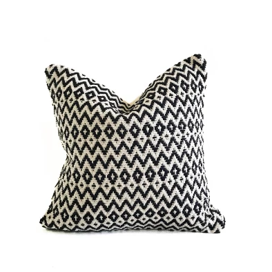 casa boho black white beige cream ivory ikat kilim cotton throw pillow decor home idea ideas room bedroom sofa couch textured bohemian southwest desert inspired