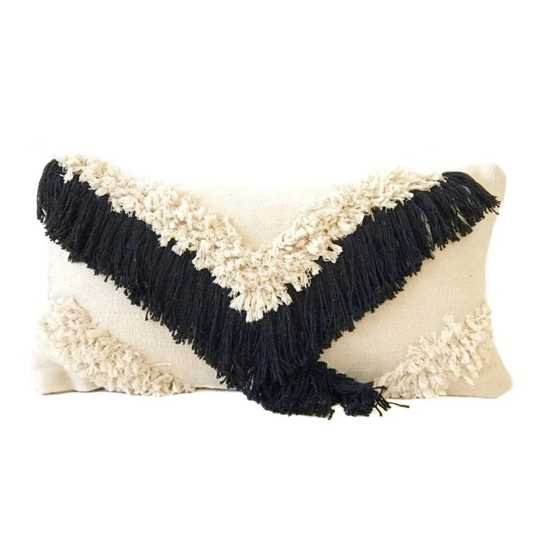 Shag Pillow - Negro
