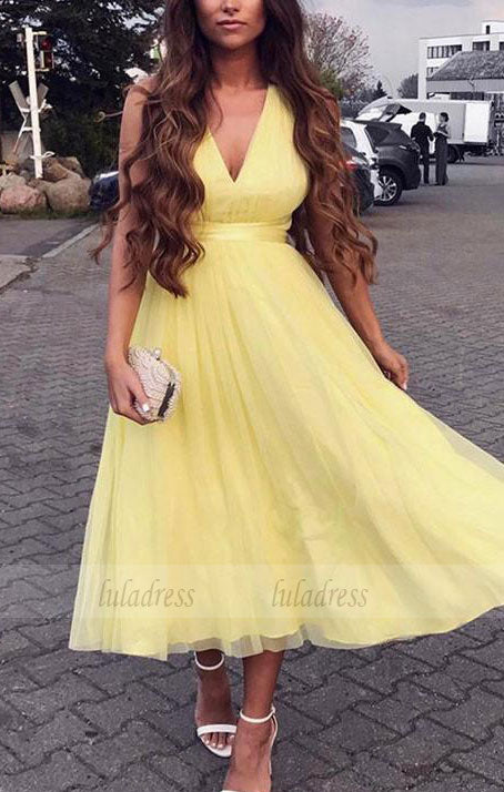 Charming A-Line V-Neck Yellow Tulle Homecoming/Prom Dress,BD99238