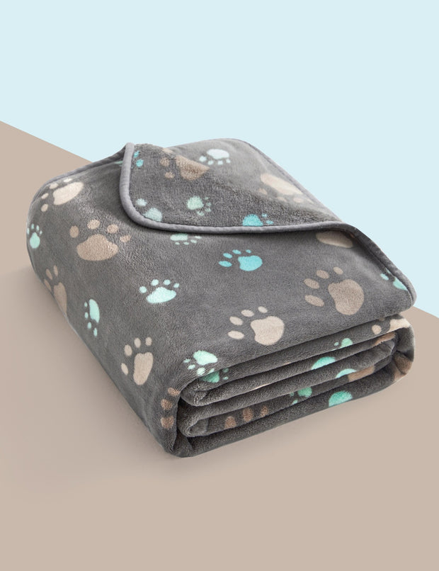Classic Fluffy Flannel Dog & Cat Blanket, Gray w/ Paw Print