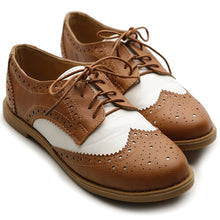 Ollio Women's Flat Shoe Wingtip Lace Up Two Tone Oxford