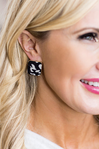 Leigh Square Stud Blk/Wht Earrings