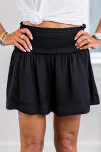 Laura Shorts- Black