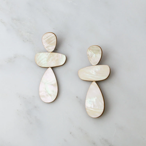 Wolf & Moon : Ana Earrings in Mother of Pearl