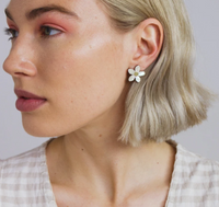 Wolf & Moon : Mini Orange Blossom Studs