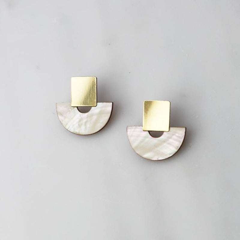 Wolf & Moon : Marina Studs in Mother of Pearl