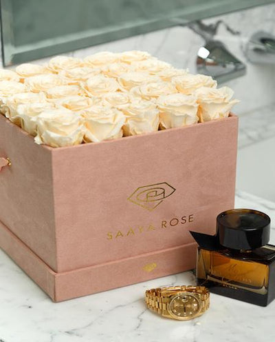 25 Rose Box (Suede) - Aashi Beauty