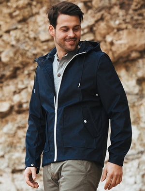 Varthen Shower Resistant Hooded Rain Coat in True Navy – Tokyo Laundry