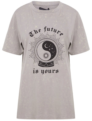 Future Is Yours Motif Acid Wash Cotton T-Shirt in High Rise Grey – Weekend Vibes