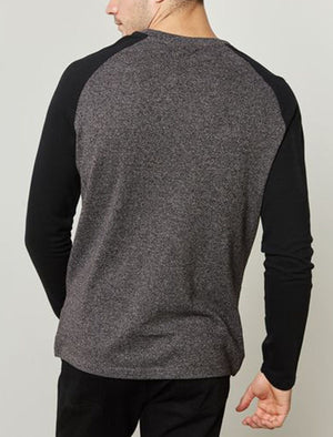 Kabuto Textured Long Sleeve Raglan Top in Charcoal
