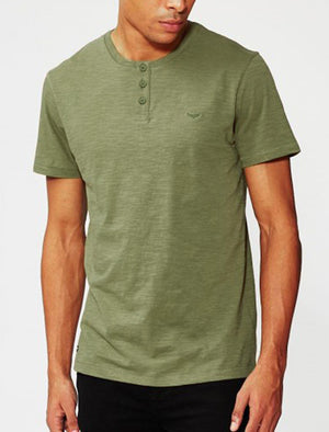 Mens Cody Slub Granddad Style T-Shirt in Green