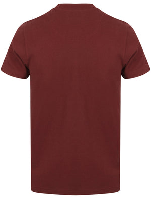 Legge Textured Cotton T-Shirt with Zip Up Neckline In Deep Red – Dissident