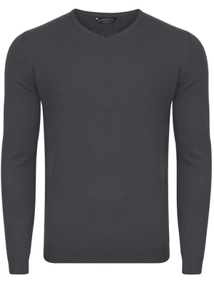 Renold V Neck Jumper In Charcoal - Kensington Eastside