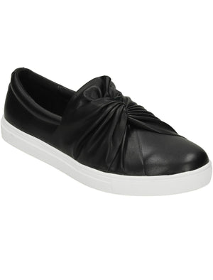 Casula Twist Vamp Slip On Plimsolls in Black