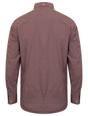 Ashington Gingham Long Sleeve Cotton Shirt in Maroon – Le Shark