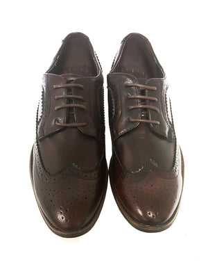 Mens Alric Lace Up Brogues in Burgundy