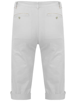 Roberto Cotton Twill 3/4 Length Shorts in White - Tokyo Laundry