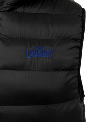 Gaviota Quilted Hooded Gilet in Black - Tokyo Laundry