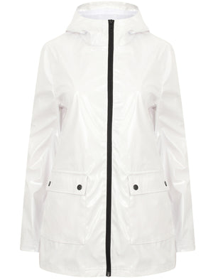Seagull Patent Hooded Rain Coat In Bright White - Tokyo Laundry
