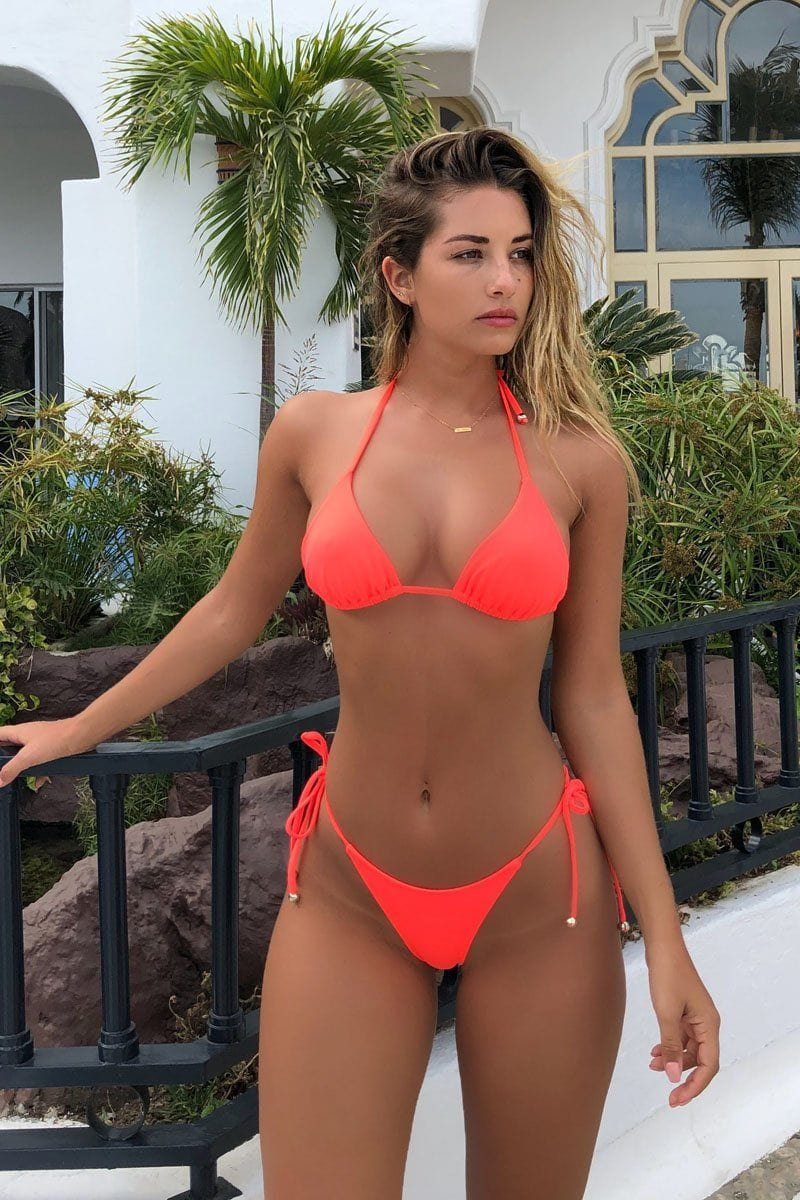 Let's get tan! Thong set Coral