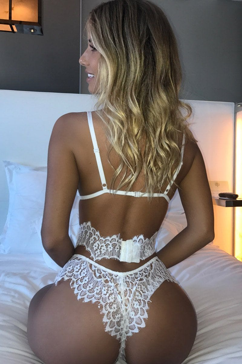 Sierra Set In White