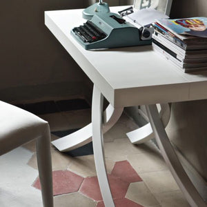 ANTARES EXTENDABLE TABLE