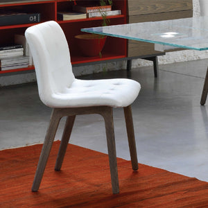 HARBOR CHAIR - WHITE ECOLEATHER AND SPESSART OAK LEGS
