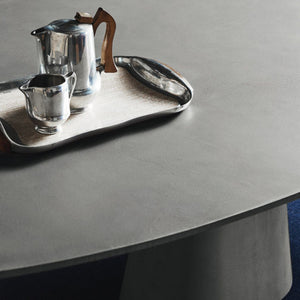 CORCORDE OVAL TABLE - CONCRETE