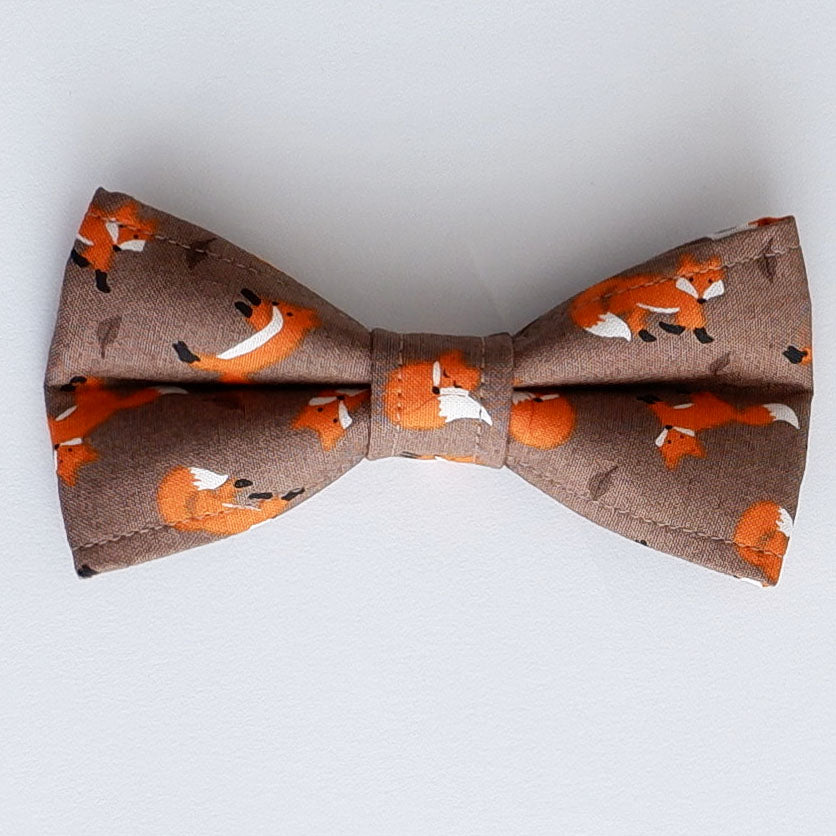 Autumn Foxes Dog Bow Tie