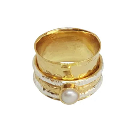Triple Band Pearl Detail Spinner Ring