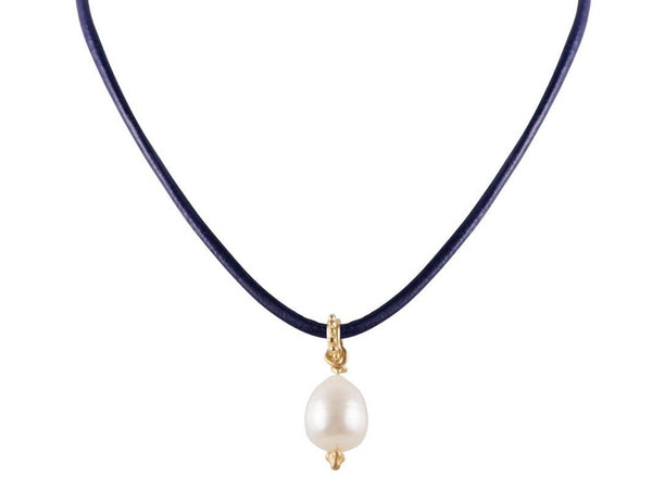 Pearl Navy Leather Choker