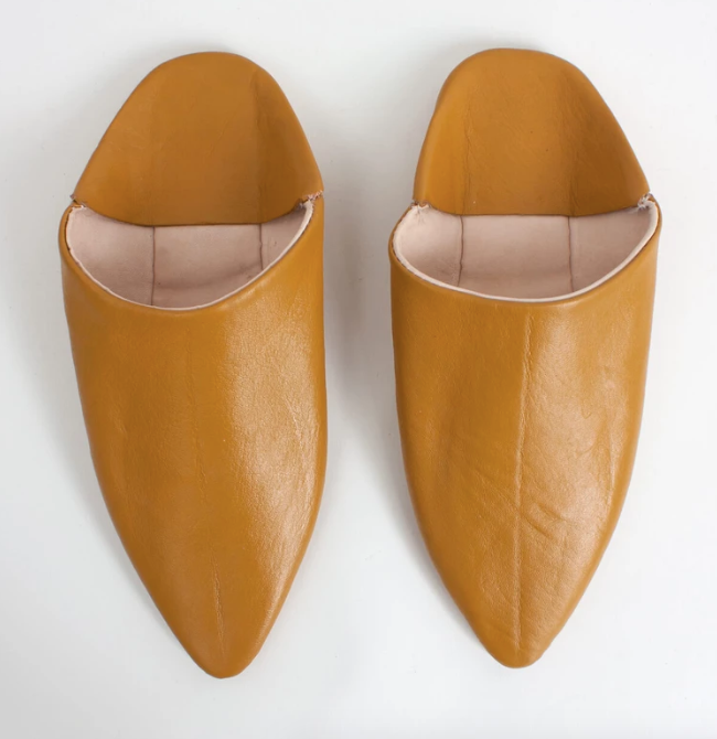 Moroccan Pointed Slipper in Mustard