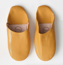 Moroccan Round Slipper in Mustard