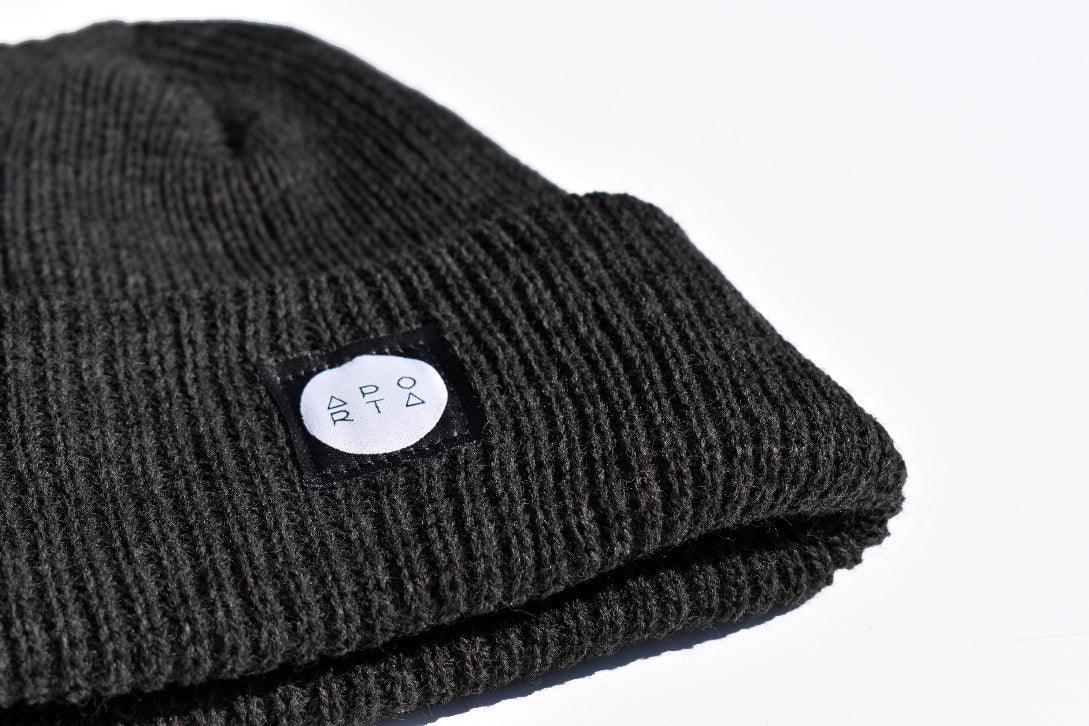 Slope Waffle Beanie in Charcoal